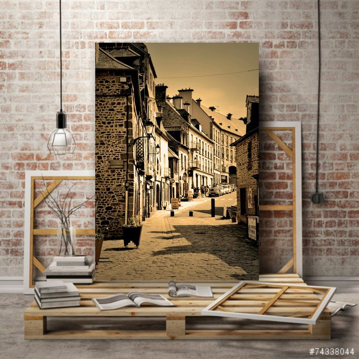 для декора стен интерьеров в стиле лофт .или индустриальный. авторские работы большого формата 60х90 .. печать на холсте .. на выходе холст на подрамнике .. принимаются заказы цена 11000 руб за холст