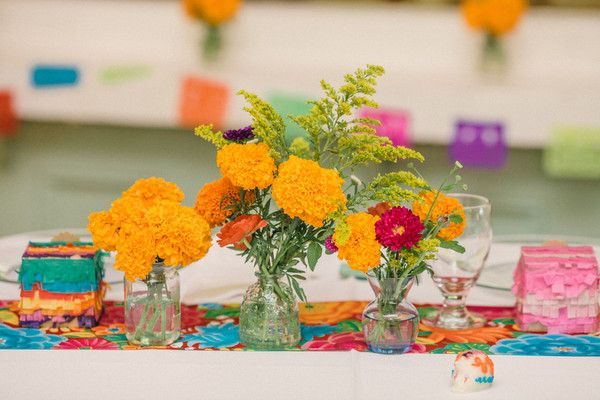 Orange Wedding Flowers, Wedding Flowers Photos by Chelsea Elizabeth Photography
