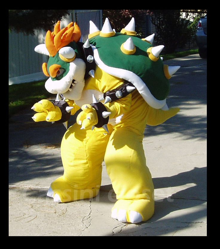bowser costume   This is a short video of the 'ritual' on putting on the Bowser ...