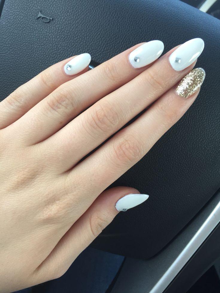 Best 25+ White Almond Nails Ideas On Pinterest