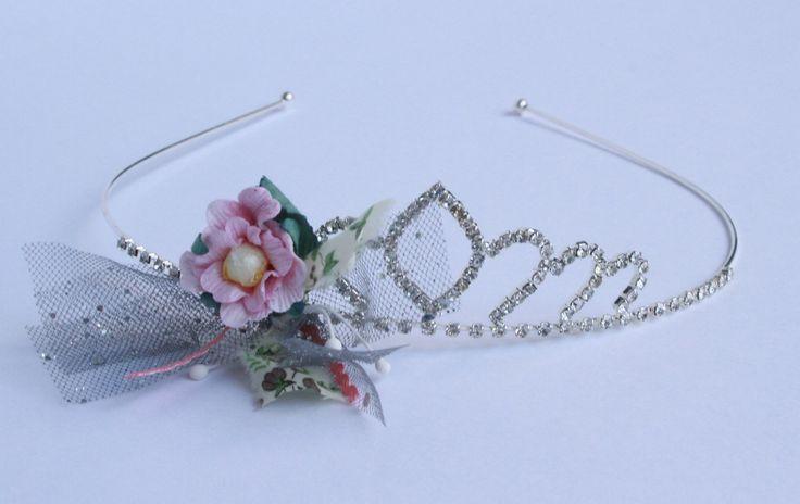 Un diadème de princesse que les petites filles vont adorer (Disponible en boutique à 24€)