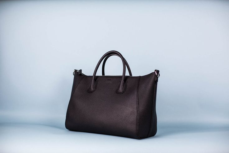 The new EBETH model - Empire in gorgeous full grain leather. Available for pre-order now at ebeth.no