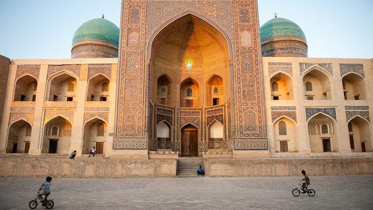Uzbekistan: The Heart of the Silk Road | Get About Asia