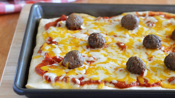 Kid-Friendly Meatball Pizza Recipe - Pillsbury.com