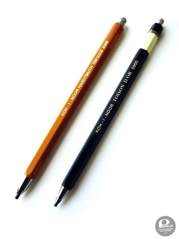 Легендарный Koh-i-noor эта модель актуальна уже более 40 лет и в продаже по сей день. Очень надежный качественный карандаш со встроенной точилкой. В школьные годы его корпус служил пневмооружием, которое быстро опять собиралось в карндаш в случае учмтельской облавы.