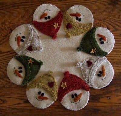 Wool penny rug appliqué--so adorable!