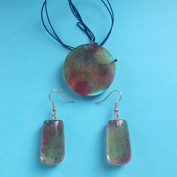 Pendant and Earring  Etsy: https://www.etsy.com/listing/517008718/pendant-and-earrings-necklace-and  #pendant #earring #etsy