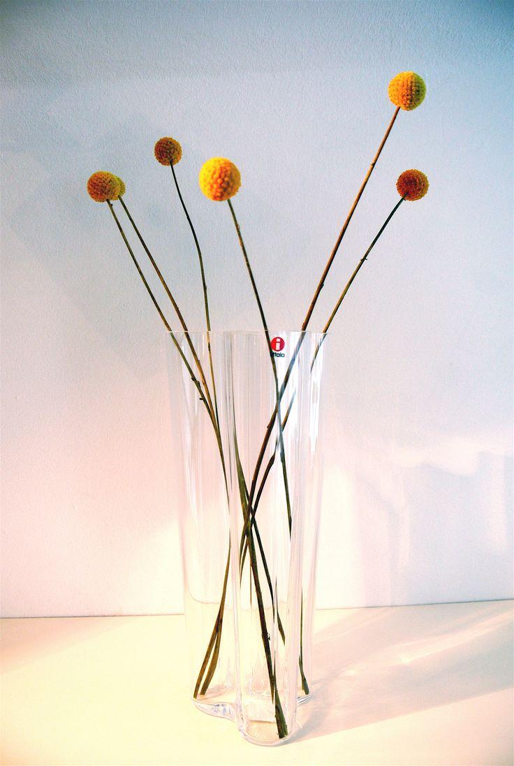Finlandia Vase by iittala. Entwurf von Alvar Aalto