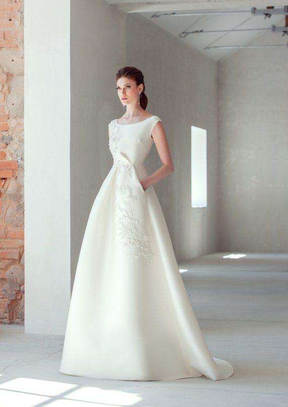 ce503db2c1e Classic elegant boho wedding dress simple pocket embroidered ivory ...