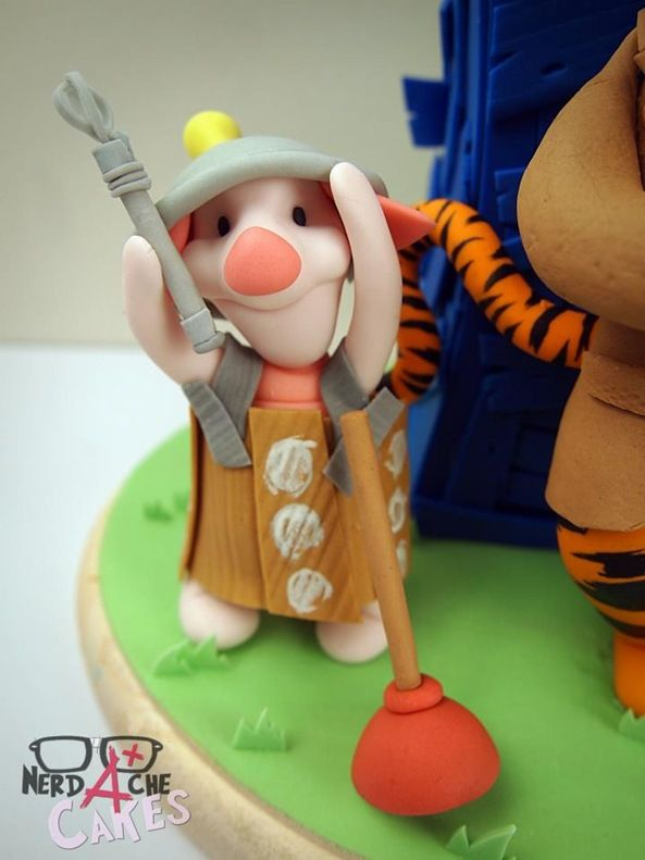Piglet / Dalek Cake Figure