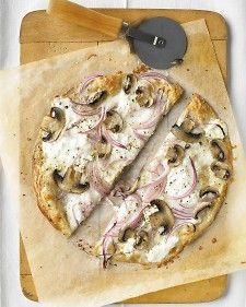 thinnest crust pizza w/ricotta and mushrooms