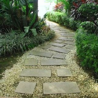 Would love to put a little path like this around the right side of house to the back patio...
