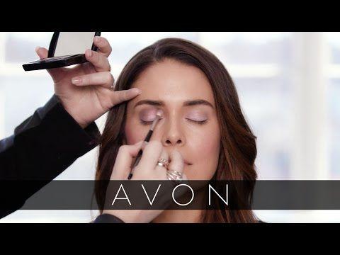 Create a Spring look with this new makeup tutorial from Avon Celebrity Makeup Artist Kelsey Deenihan using Avon True Color Makeup! #AvonRep avon4.me/2oDU2FH