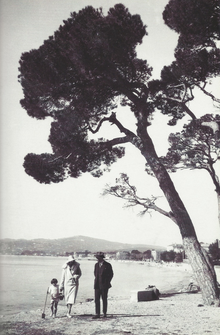 F. Scott, Zelda and Scottie Fitzgerald - 1920 - Juan-les-Pins, Antibes, France - @~ Watsonette