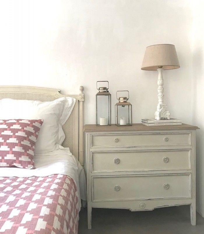 Comoda Francesa Tres Cajones Muebles De Estilo Habitaciones Matrimoniales Calidas Decoracion De Muebles