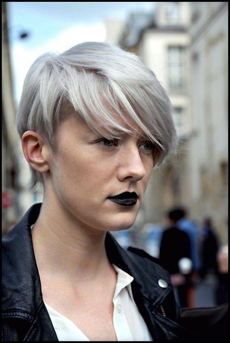 Veel+korte+pixies+met+licht+blonde,+platina+blonde,+zilveren+en+witte+tinten