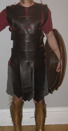 Chuck Does Art: DIY Spartan Hoplite Costume: How to make a faux-leather Linothorax, inspired by Gladiator costume, no sewing required!