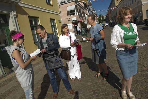 http://bohuslaningen.se/nyheter/uddevalla/1.3250335-litet-parti-vill-synas-i-uddevalla