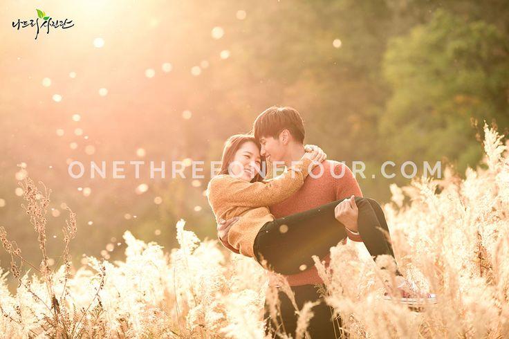Korean Studio Pre-Wedding Photography: Autumn (Outdoor) by Nadri Studio on OneThreeOneFour 24