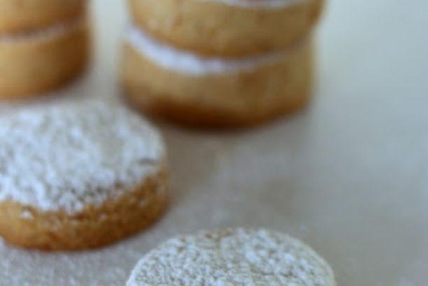 Biscotti incredibili di mandorle e cannella (senza uova)
