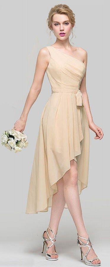 0f995cad8de robe demoiselle d honneur asymétrique courte devant longue derrière pour  mariage romantique