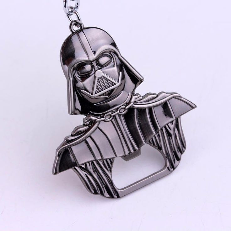 This Star Wars key ring is a great likeness of Darth Vader and has a dual purpose, it is both a key ring and a bottle opener. Substantially sized and intricatel