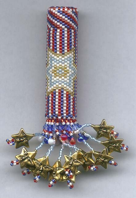 1000 images about bead lighter covers and needle case on for Patriotic beaded jewelry patterns
