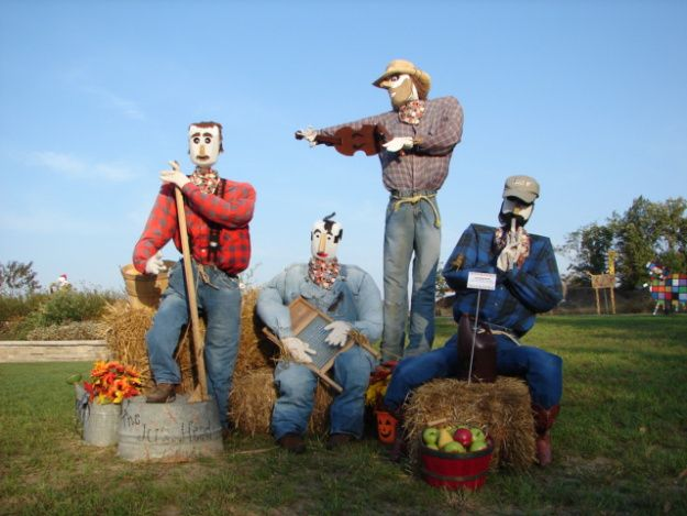 Scarecrow Competition Ideas | The Jug Head Band was created by Powell Gardens' Visitor Services ...