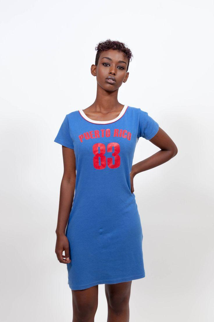 Vintage blue sporty 90s dress. Shop it here: https://www.etsy.com/nl/listing/544406351/vintage-jaren-90-sportieve-jurk-jaren  #sportydress #vintagedress #spicegirls #grunge #90sdress