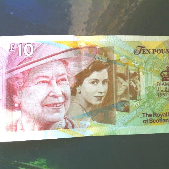 Nice Jubilee £10 note.