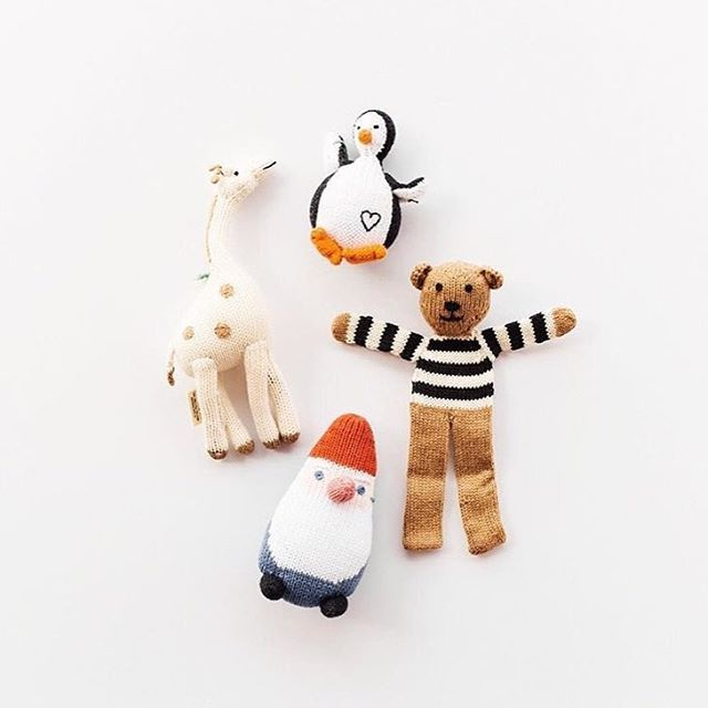 A few of our favorite friends, courtesy of the amazing Local Nomad Shop 🐻🐧❤ #estella #kids #baby #gifts