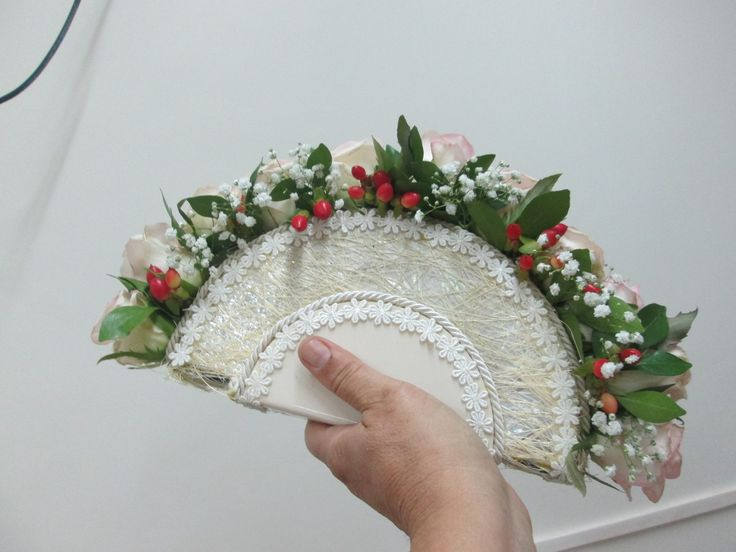 """FAN BOUQUET """"Take a look at the Beautiful Fan Bouquet created by Our IFD Student"""""""