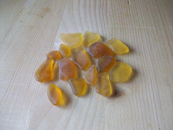 Vetro di mare color  arancio chiaro giallo sea di lepropostedimari, €12.00