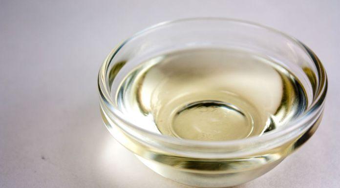 Kokosový olej pro zdravé vlasy: 5 způsobů použití
