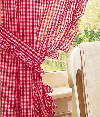 Gingham Ruffled TiebacksRedandwhit Cottagecut, Gingham Curtains, Country Cottages, Country Curtains, Daughters Room, Gingham Red, Braids Ropes, Barns Red, Ruffles