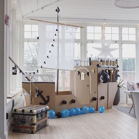 mommo design: 6 DIY CARDBOARD TOYS - pirate ship