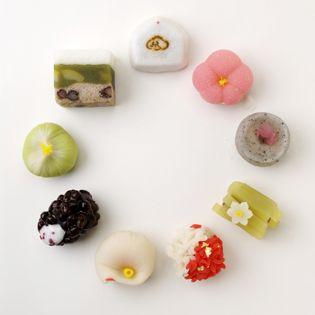 伝統的なのにPOPな感じのするデザインに勉強になりました。一つひねるだけで和菓子はやっぱり面白い~ wagashi