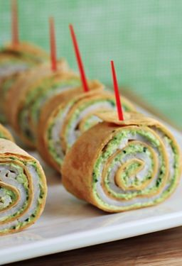 Party food doesn't have to be complicated! These pesto tortilla pinwheels can be put together in minutes!