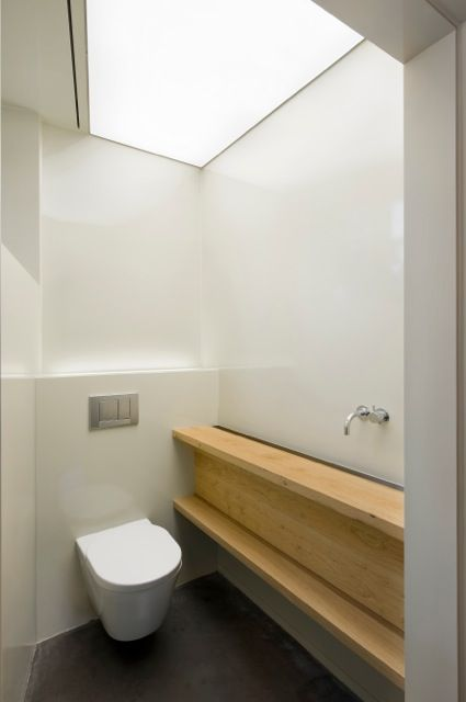 Wit toilet met houten wasbak  modern interieur  Baño  Pinterest  Toilets, # Wasbak Toilet_215206