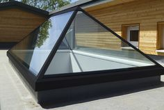 Reflex Glass offering Modern Roof Lanterns at reasonable cost in UK.