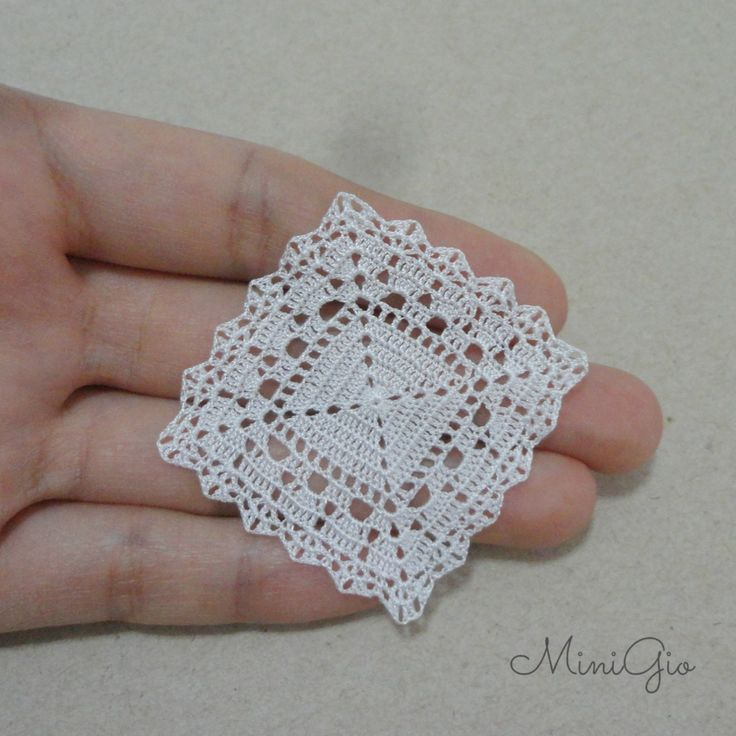 Miniature crochet square doily 1.6 inches dollhouse by MiniGio