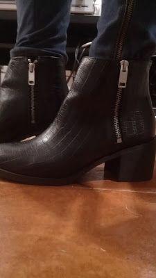 Mujercica$h: H&M ON LINE, OTRA COMPRA MÁS. BOTINES NEGROS COCOD...