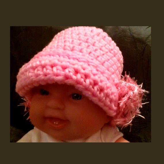 Crochet Newborn Pink Flapper Cloche Hat  Photo Prop by PostsNPurls, $20.00