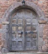 texture UK door medieval arch archway big double