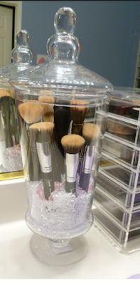 Peonies & Polish: DIY Makeup Brush Storage. Follow my BLOG: www.peoniesandpolish.blogspot.com