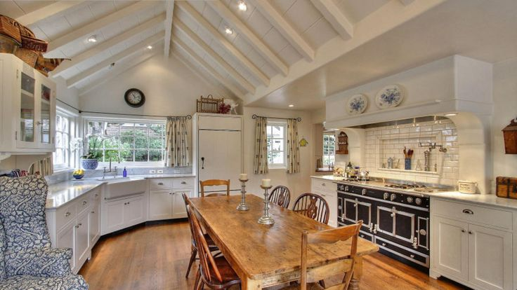 English country style by the way cottage carmel by the for Cal s country kitchen