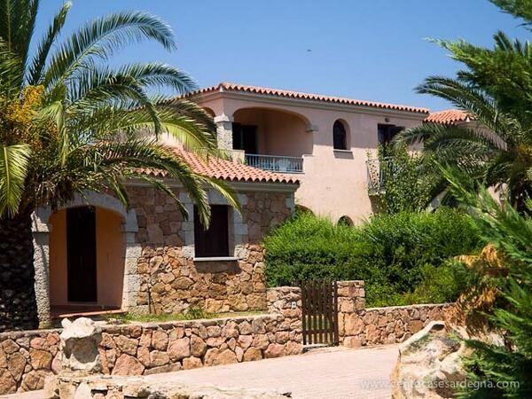 Vendesi appartamento trivano a San Teodoro: http://www.centocasesardegna.it/gli-immobili-su-mappa/item/100-san-teodoro-appartamento-trilocale-piano-primo