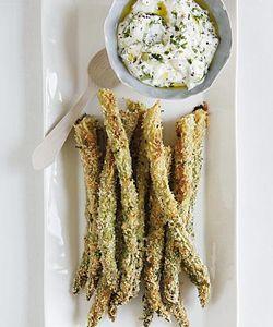Parmezaanse kaas-asperges met dip - Libelle