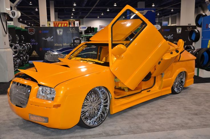 Chrysler 300 Convertible >> Chrysler 300 custom tricked out with Lambo doors SEMA ...