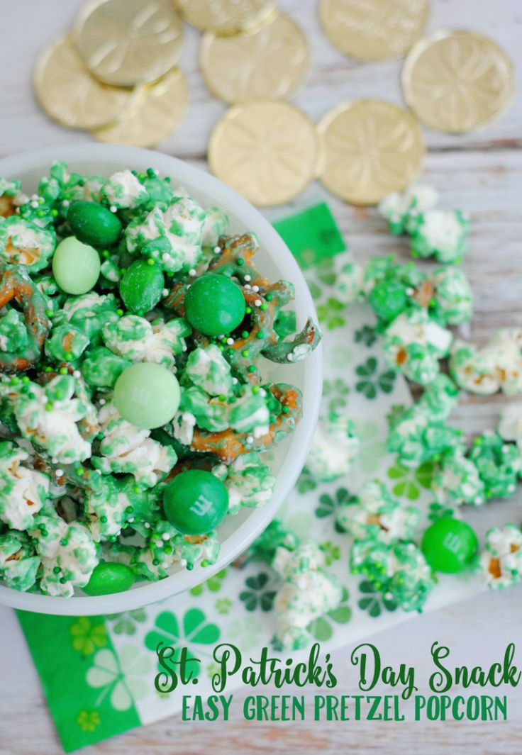 Make a batch of these easy green pretzel popcorn! It's a simple St. Patrick's Day snack recipe!